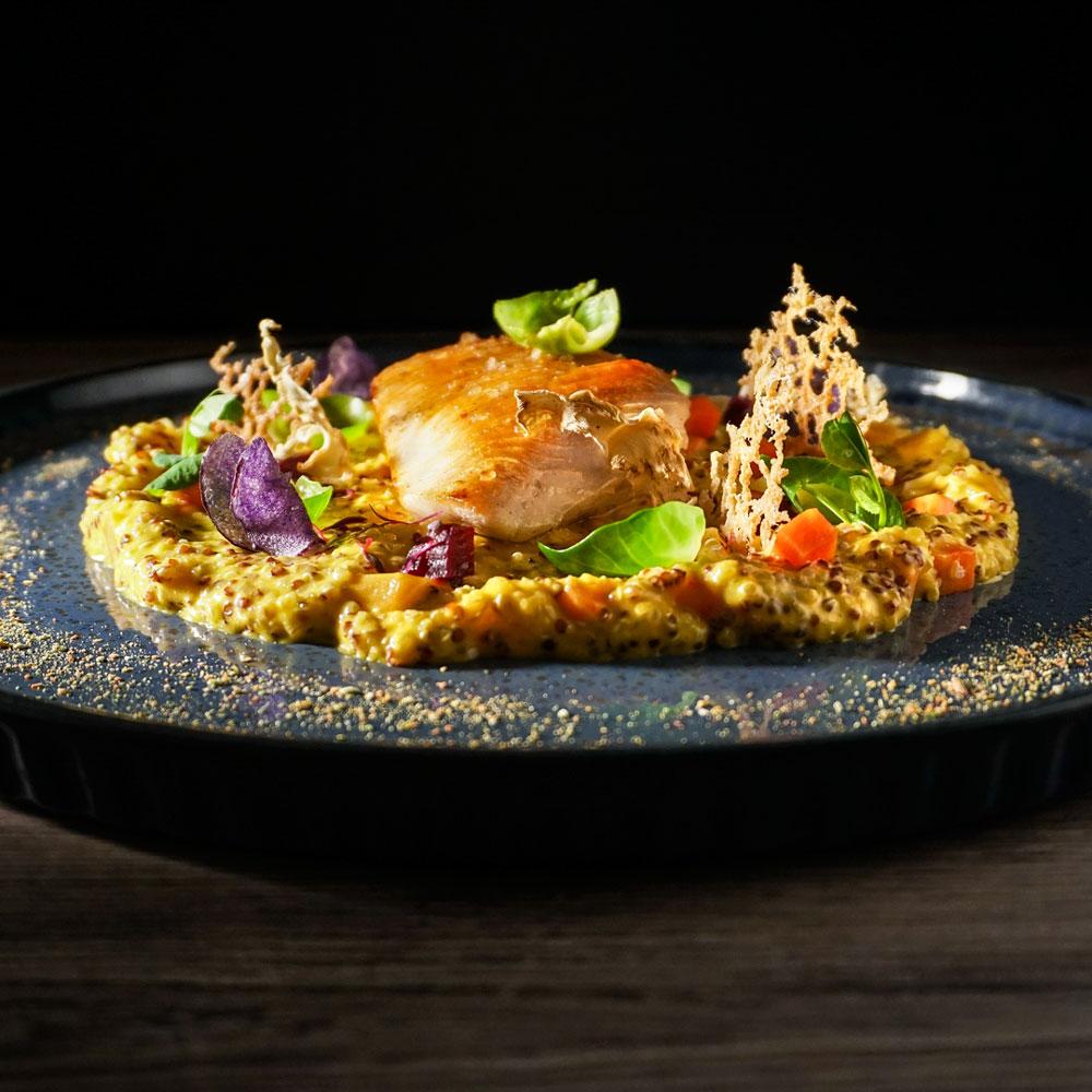 Chicken with quinoa (photo by Rok Jurman Design)